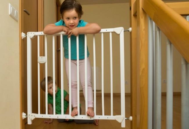 comment installer une barrière de sécurité escalier